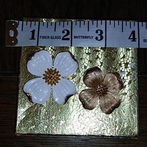 Pair of vintage Trifari dogwood blossoms brooches